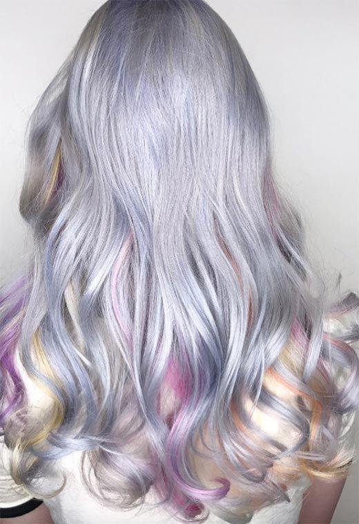 Pärlemorns hårtrend: 53 iriserande pärlhårfärger för färgning.