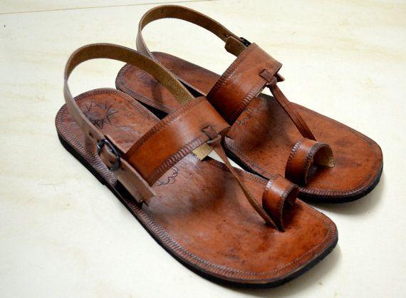 Marockanskt inspirerade sandaler med läderbaksida-handgjorda sandaler.