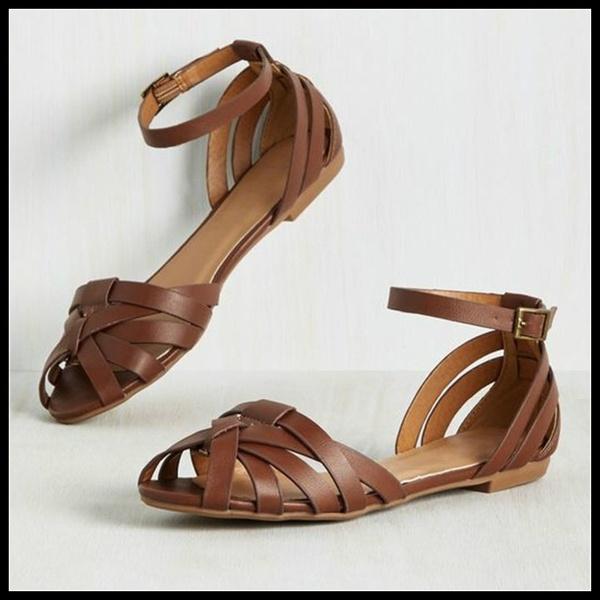 Kvinnor Casual Vintage Peep Toe Flat Sandaler Kvinnlig justerbar fotled.