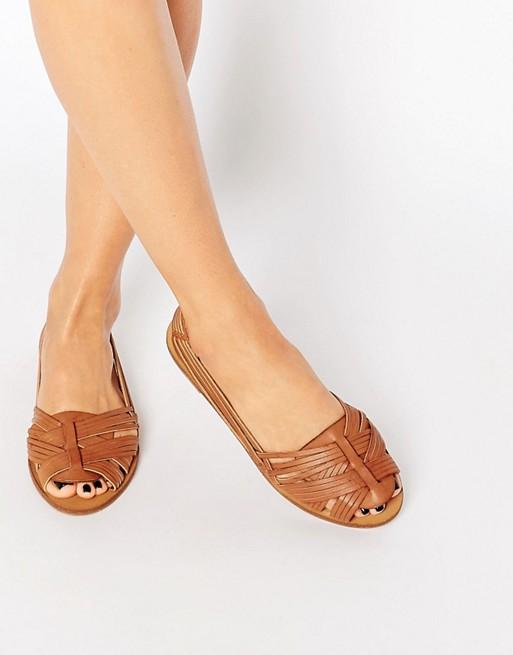 New Look Woven Peep Toe Ballerina Flat Shoes    SOM