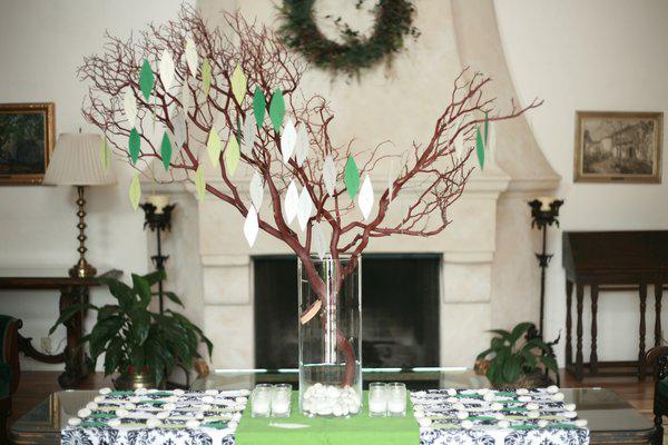 DIY-stil: Wishing Tree |  Förägt bröllopsklänning