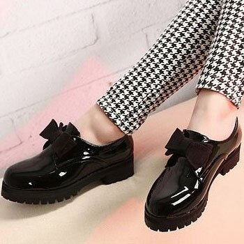 Hot Selling Round Toe Slip on Patent Leather Oxford Shoes för.
