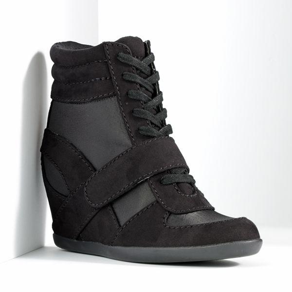 Simply Vera Vera Wang Wedge Sneakers - Wom