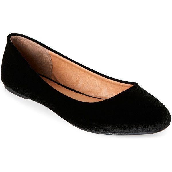 Madden Girl Black So Cute Velvet Flats ($ 30) ❤ gillade på Polyvore.