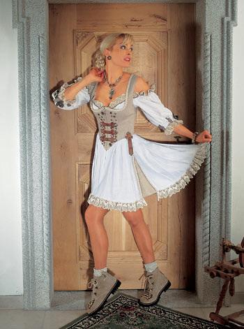 ipernity: Landhausstil Dirndl-stil-klänning - av Ingrid K. Bran