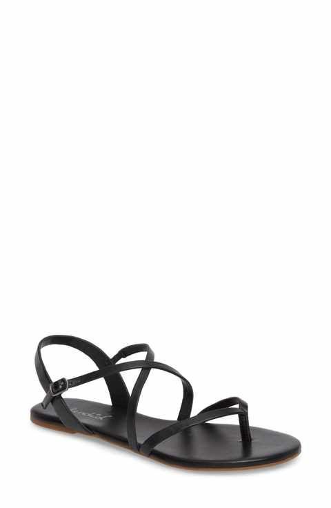 Platta sandaler och flip-flops för kvinnor    Strappy sandaler platt, svart.