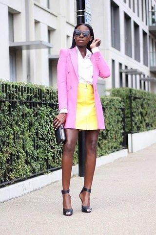 ja!  Du kan bära rosa och gult tillsammans och se otroligt Ch