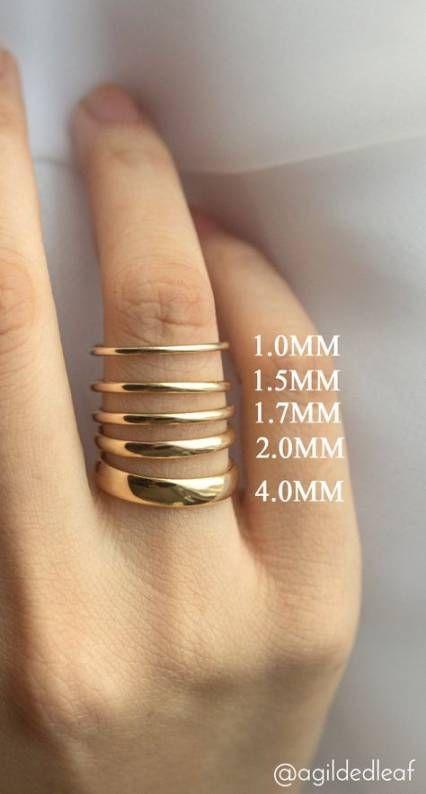 19 idéer vigselringar staplade smycken |  Svart diamantbröllop.