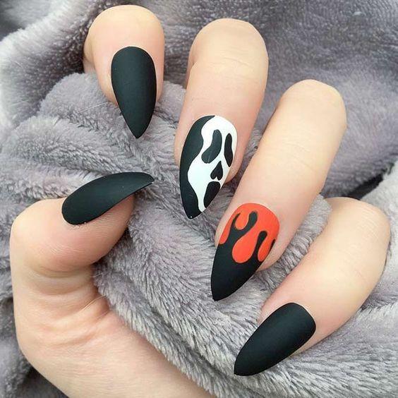 50+ coola Halloween nagelkonstdesigner för 2018    Halloween naglar.