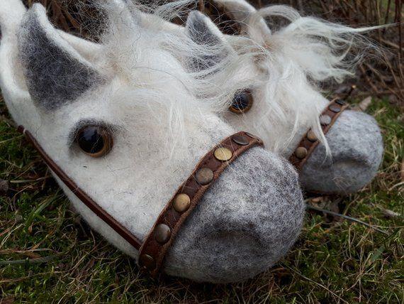 Gefilzte Hausschuhe-Wolle Hausschuhe-warme Hausschuhe-Pferde.