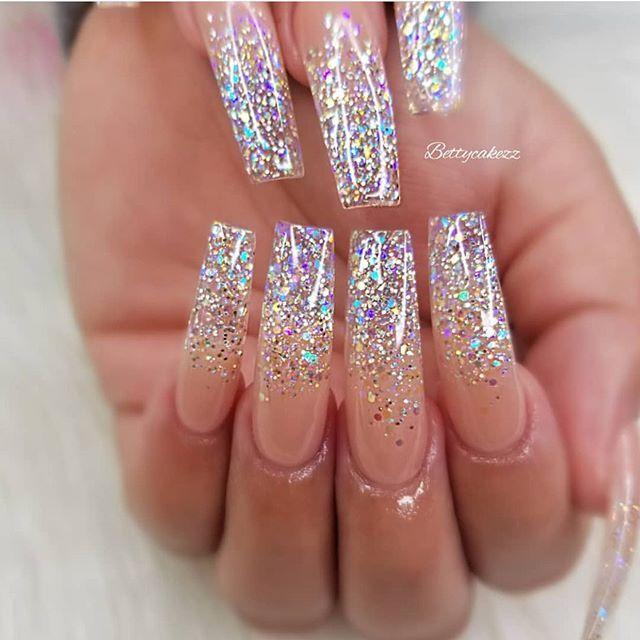 49 bästa Glitter Nail Art Idéer för Glam Looks    Nageldesigner.