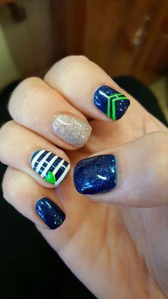 40 bästa Seahawks-nagelkonstbilder |  seahawks naglar, seahawks naglar.