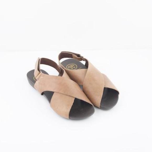 gabriela ephrem Skor |  Nya läder crossover sandaler |  Poshma