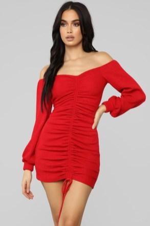 40 lysande röda denimklänningsidéer du måste ha snart - GLOOFASHI