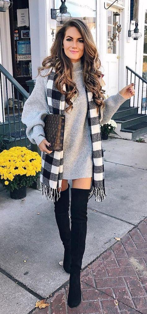 höst #outfits damtröja med grå turtleneck;  svart lårhögt.