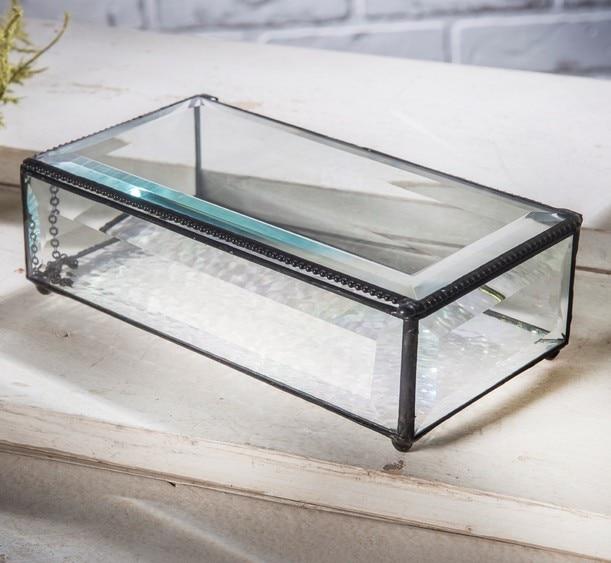 Stor prydnadslåda    Stor smyckeskrin i klart glas    J. Devlin Box 8
