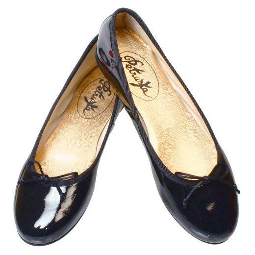 Ballerinas Paris aus Lack in schwarz - klassische Ballerina.