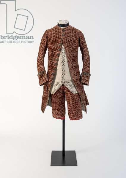 Mans röda vävda sammetrock och byxor, 1750-talet (sammet)    Museum.
