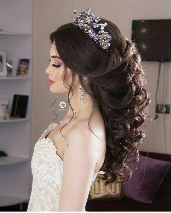 15 överdådiga bröllopsfrisyridéer du kan kopiera (med bilder.