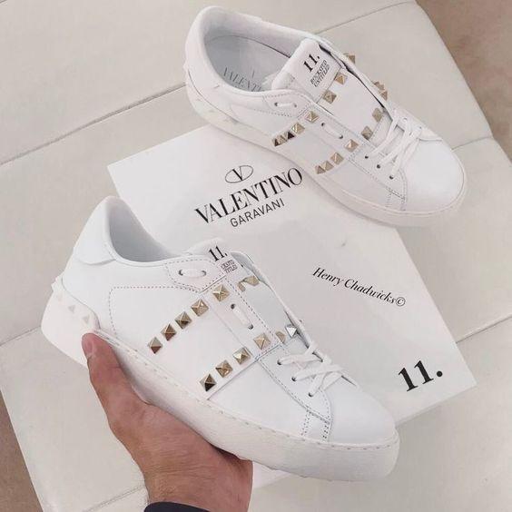 Designer Sneakers 2020    Trendiga sneakers, Trendiga skor.