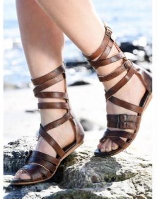 Hitta de bästa erbjudandena på Gladiator Sandals Zipper Cross för kvinnor.
