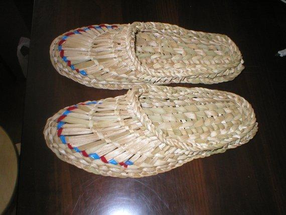 Raffia skor, halm tofflor, skor för bastu, massera tofflor.