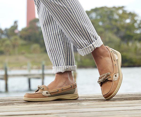 Angelfish Shoes - decorhstyle.com 2020 |  Båtskor outfit.
