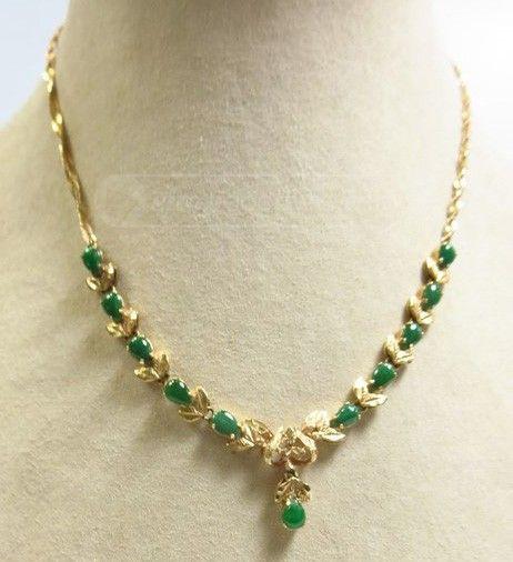 18K gult guld Jade halsband 10,4 Gm |  Guld halsband mönster.