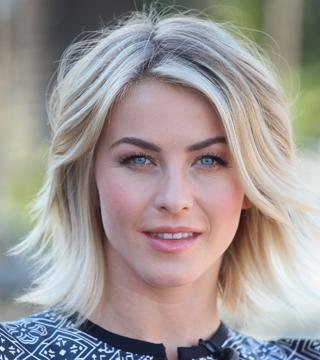 Makeover Tidslinje: Se Julianne Houghs frisyrer genom.