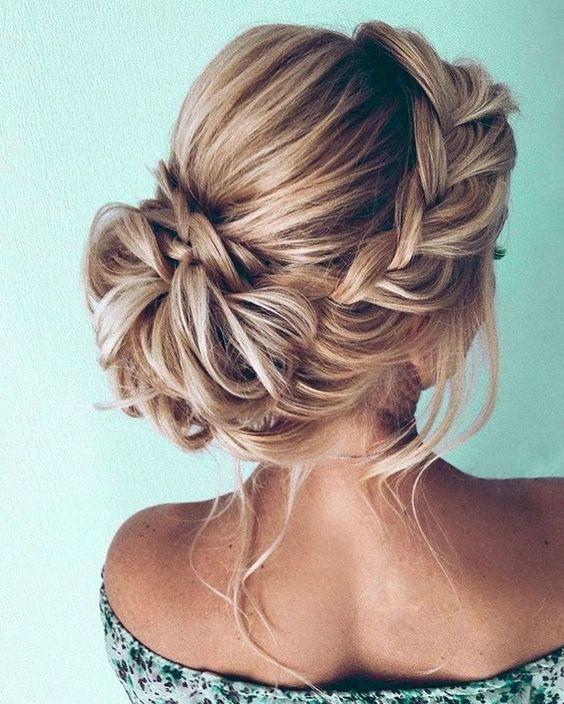 33 underbara Updo flätade frisyrer för alla tillfällen;  Prom / hoco.