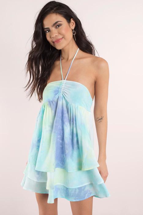 Tie dye ruffle klänning outfit