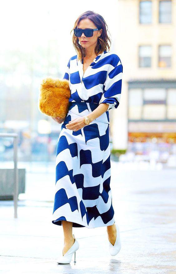 gulblå outfit blå klänning