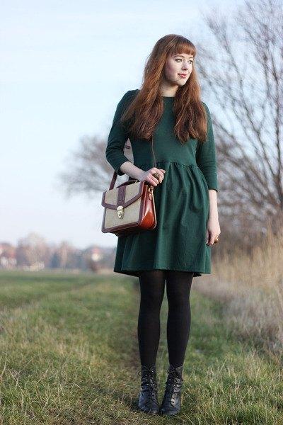 Skoggrön långärmad passform och flare klänning