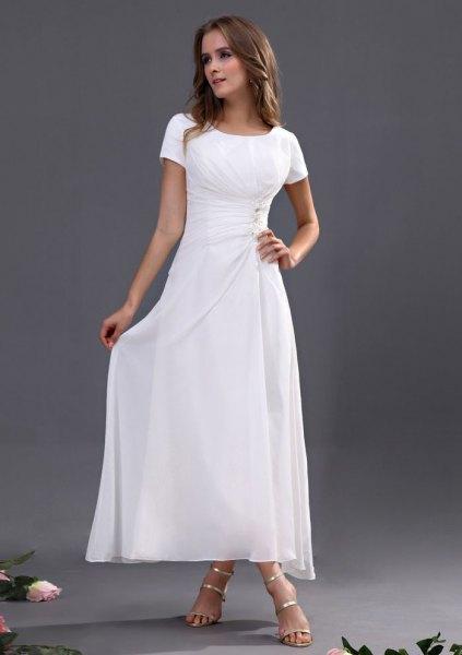 vit maxiklänning silverklackar