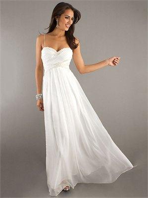 vit golvlång klänning med spagettirem