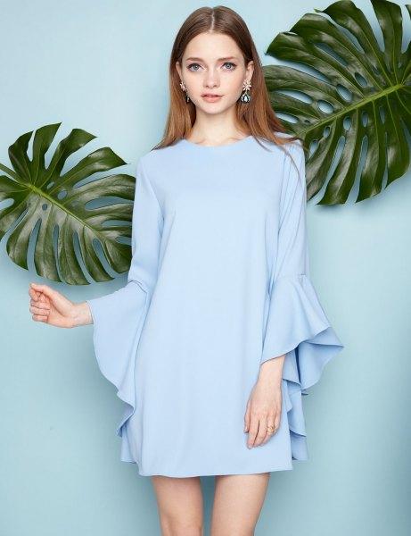 himmelsblå mini chiffongskiftklänning med långa ärmar