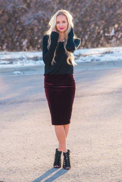Marinblå tröja burgundy sammet kjol