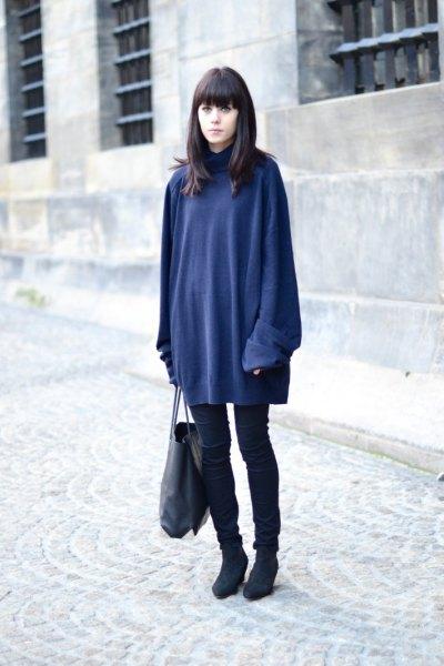 Mörkblå tröja klänning över svarta skinny jeans