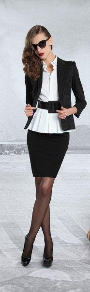 svart kavaj med vit bältesblus och pennkjol