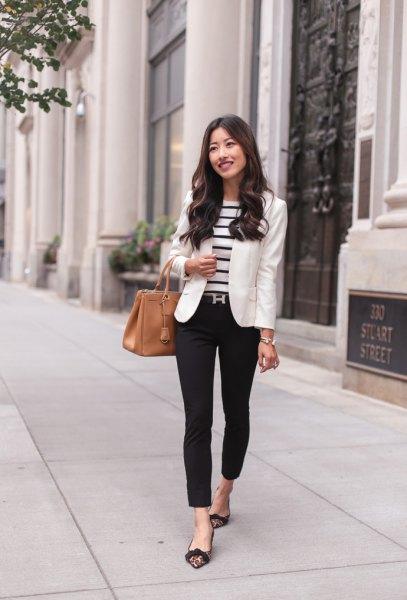svart och vit randig tröja och kavaj