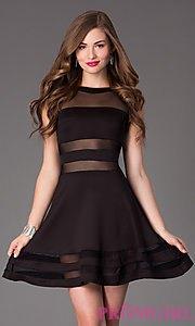 svart snitt, figur-kramande klänning