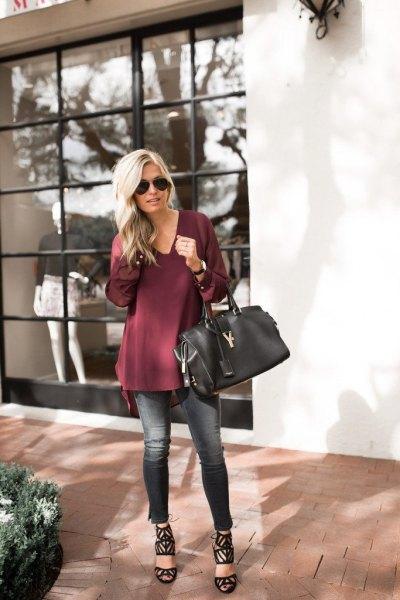 Burgundy tunikablus med V-ringning och korta skinny jeans