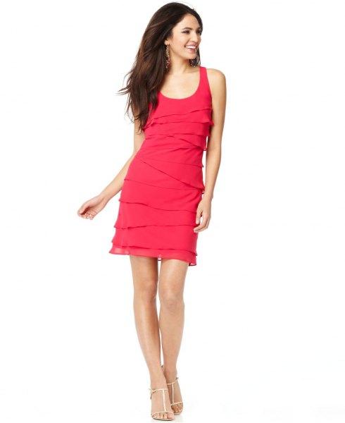 rosa flerskiktad ärmlös scoop neck-klänning