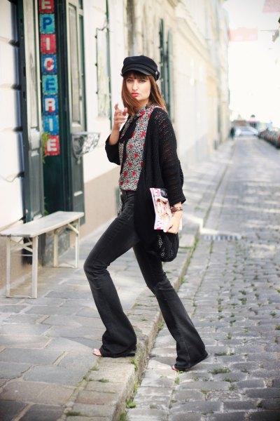 svart longline kofta och gråmelerad tröja