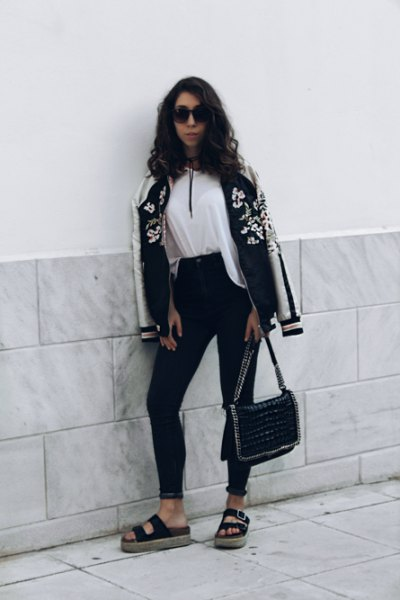 vit blus svart skinny jeans