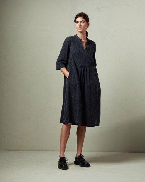 svart tunikaklänning i ull