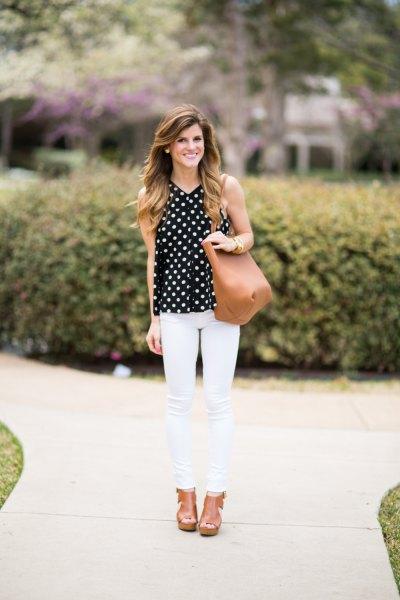 ärmlös prickig blus vit skinny jeans