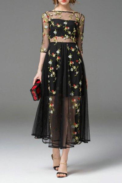 tvådelad klänning med svart chiffong blommig broderi
