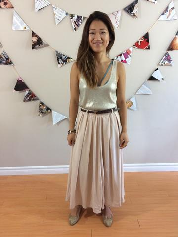 silver linne med scoop halsringning och ljusrosa maxi veckad kjol