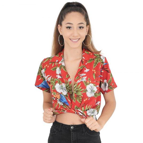 röd knuten hawaiisk skjorta med knappar och svarta skinny jeans